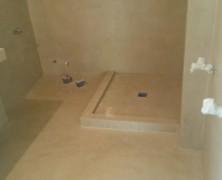 Decoración de baños: los secretos estéticos que guarda el microcemento para mejorar la apariencia de su plato de ducha