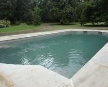 Ventajas de una piscina con revestimiento de microcemento